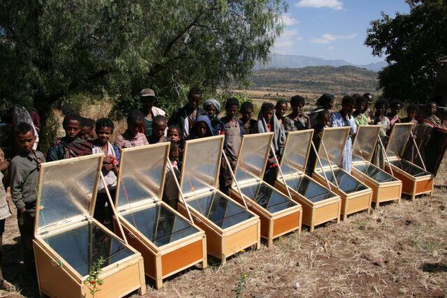 File:Solar Bereket - Box cookers.jpg