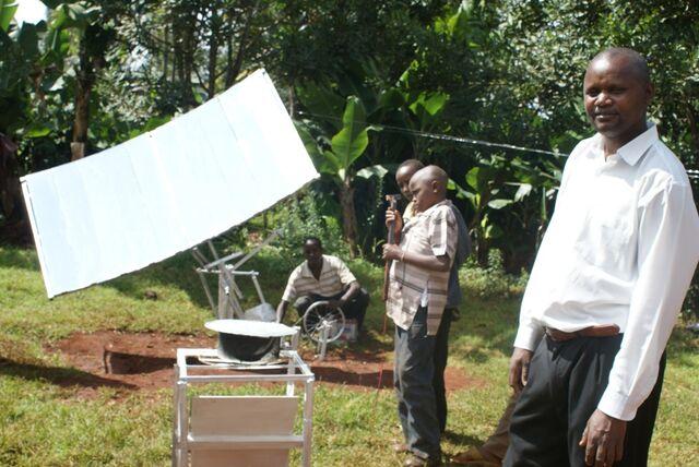 File:Kenya Solar Concentrator.jpg