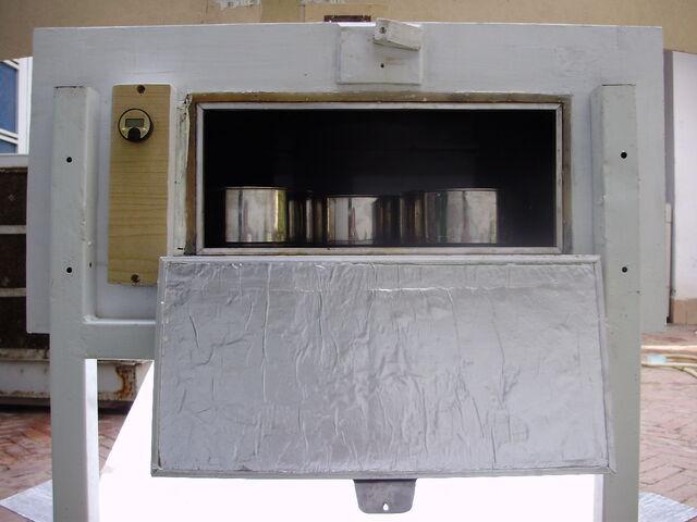 File:Solar Oven K5, rear door, 10-23-14.jpg