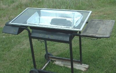 West's Solar Oven Cooking Cart in action closeupssmaller