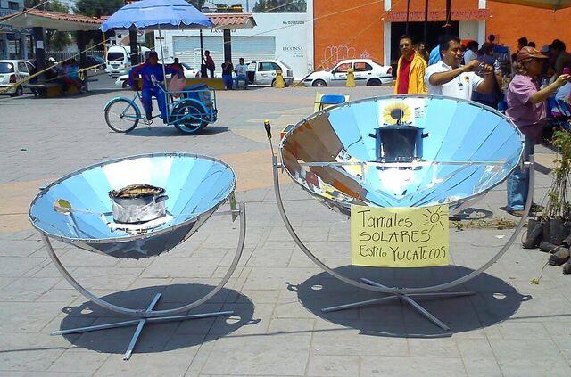 File:Cocinas Solares CSELI44 y CSELI56.jpg