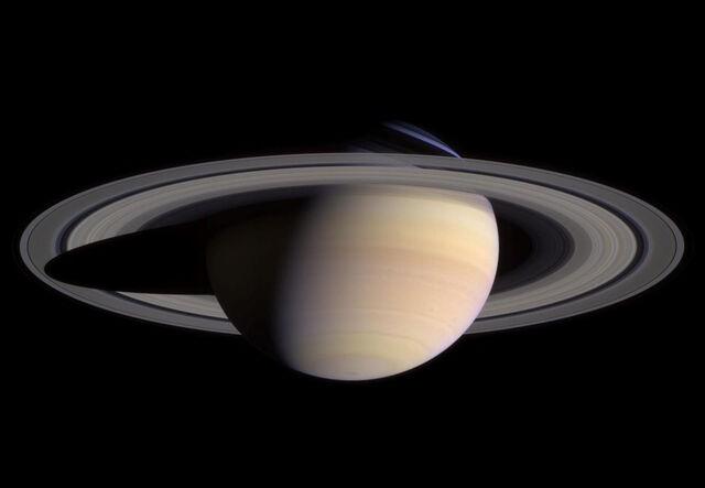 File:Saturn (2).jpg