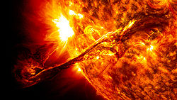 File:Giant prominence on the sun erupted.jpg