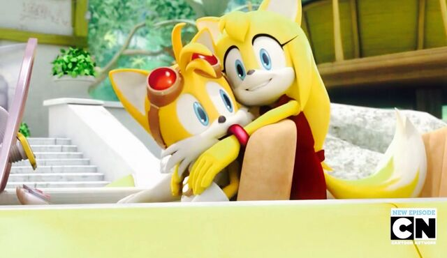 File:Tails and Zooey.jpg