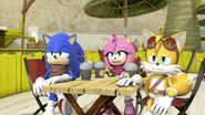 S2E03 Sonic Amy and Tails