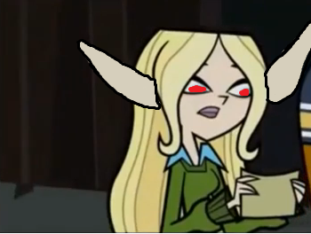 File:Annie reading the note from Darrienne.png