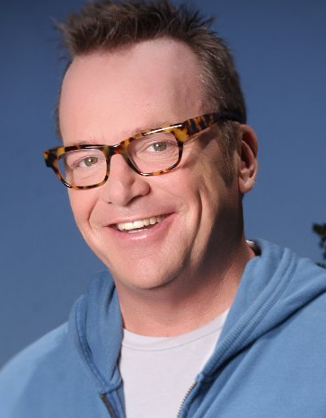 File:Tom Arnold.png