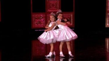 Sophia Grace & Rosie Perform 'Girl on Fire'