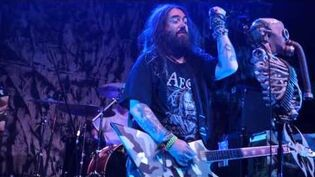 "Soulfly ""Titans"" (HD) (HQ Audio) Live Joliet 10 11 2015"