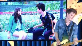 Scene-Luna-Simon-Nico