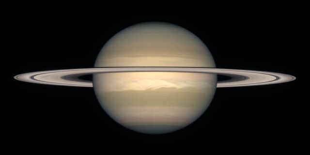 File:Saturn's rings.jpg