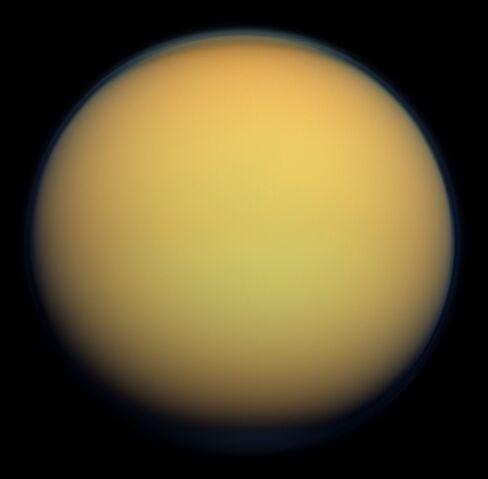 File:Titan-1.jpg