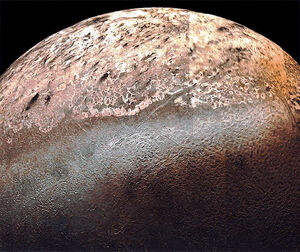 715px-Triton (moon)