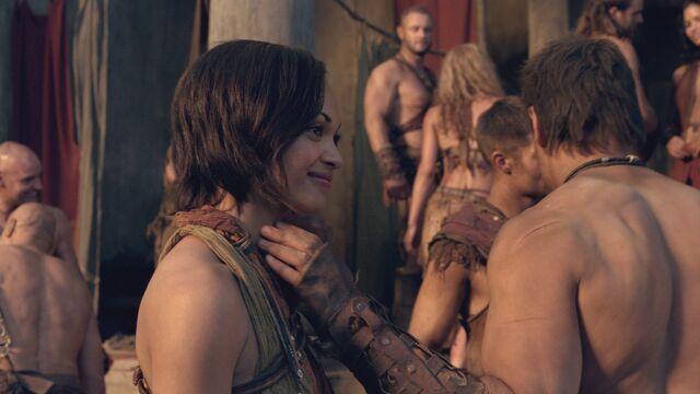 File:Spartacus2x09 1309.jpg