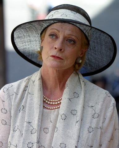 File:Maggie smith gallery 1.jpg