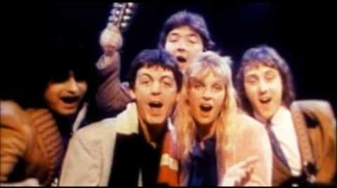 Paul McCartney & Wings - Wonderful Christmas Time-0