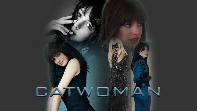 File:Catwoman - Movie Trailer (Anne Hathaway).jpg