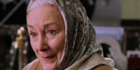 Aunt May (Rosemary Harris)