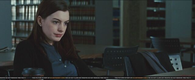File:Anne Hathaway as Felicia Hardy in Spider-Man 4 (0004).jpg