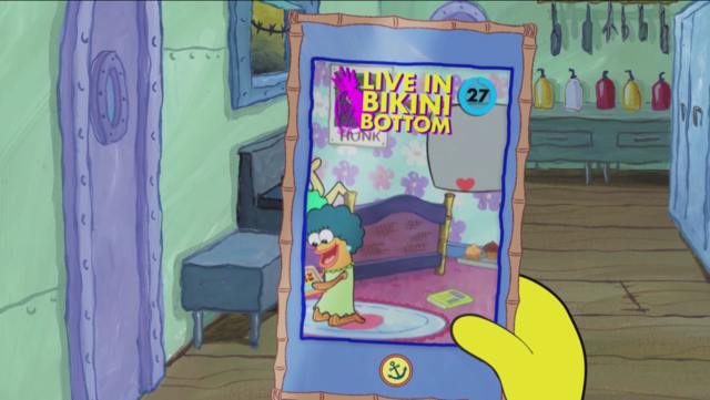 File:SpongeBob Checks His Snapper Chat 35.png