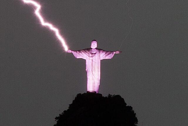 File:Epaselect brazil weather rain 87303069.jpg