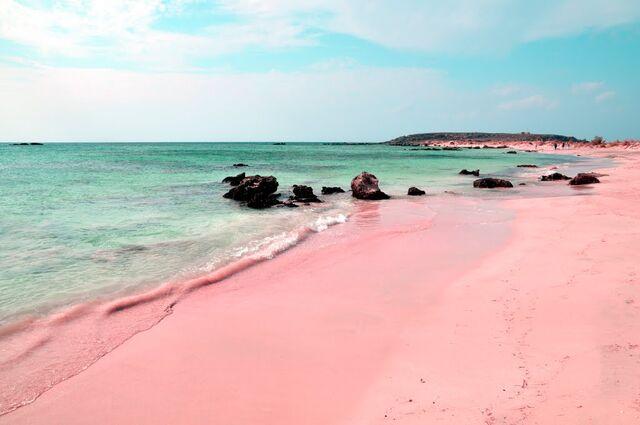 File:Pink-beach-and-sand-on-Elafonissi-beach-in-Crete-Greece.jpg