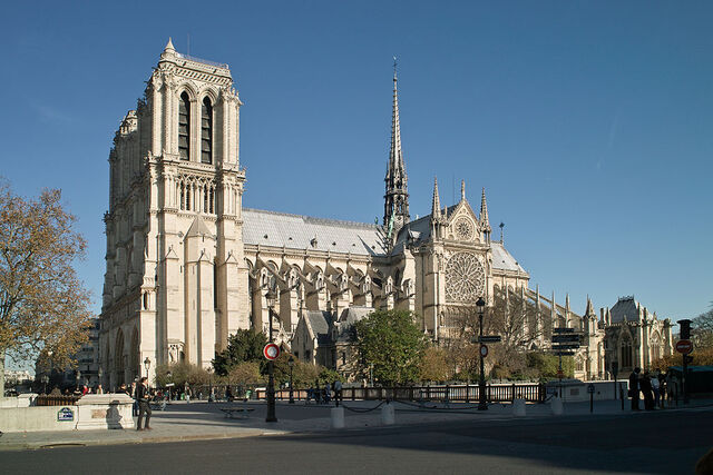 File:RealWorld Notre Dame of Paris.jpg