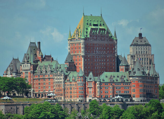 File:RealWorld Château Frontenac.jpg