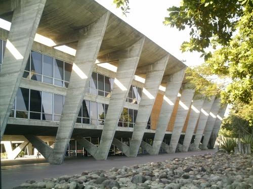 File:Museum of Modern Art.jpg