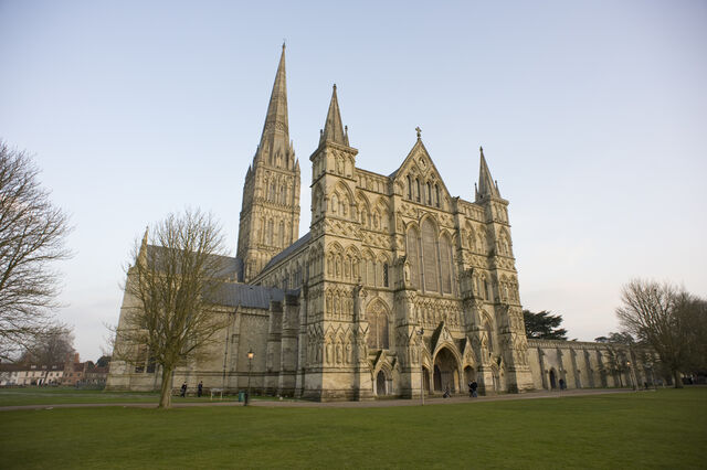 File:RealWorld Salisbury Cathedral.jpg