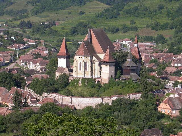 File:RealWorld Biertan Fortress.jpg