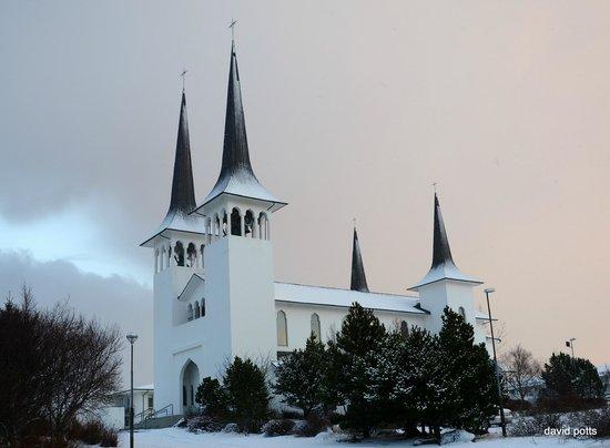 File:RealWorld Hateigs Church.jpg