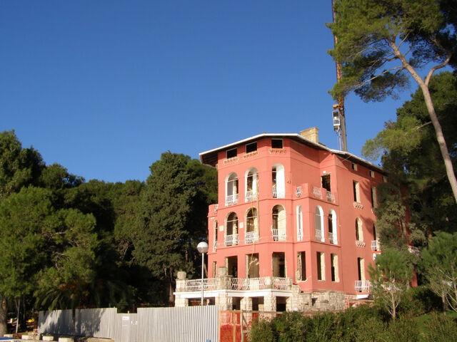File:RealWorld Villa Hortenzia.jpg