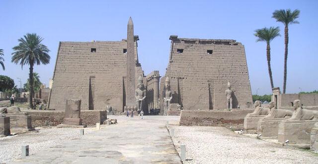 File:Luxor Temple.jpg