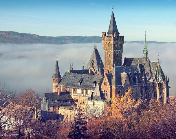 File:RealWorld Wernigerode Castle.jpg