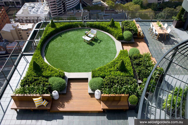 File:RealWorld Garden Meadow.jpg