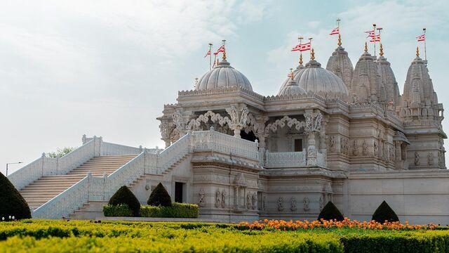File:RealWorld Shri Swaminarayan Mandir.jpg