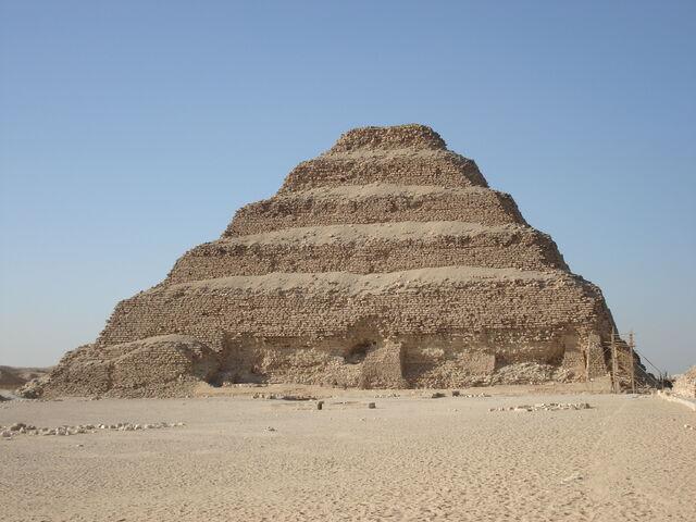 File:RealWorld Pyramid of Djoser.jpg
