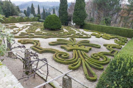 File:RealWorld Mateus Gardens.jpg
