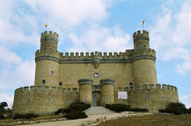 File:RealWorld New Castle of Manzanares el Real.jpg