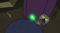S2E20 Ludo sliding off his spider minion's back