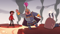 S2E15 Royal guard about to fall in the lava