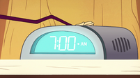 S2E22 Spider With a Top Hat presses his snooze button