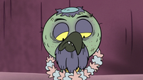 S3E3 Wreath of flowers appears around Ludo's neck