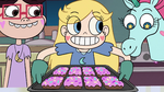 S2E17 Star Butterfly holding a tray of brownies