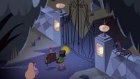 S2E27 Star, Janna, and Glossaryck enter the cemetery