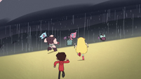 S2E15 Star and Marco approach the rain zone