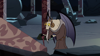 S2E41 Chancellor Lekmet looking for Glossaryck