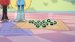 S2E12 Buff Frog's babies left with Star and Marco