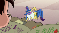 S1E11 Glossaryk trying to strike a deal with Marco